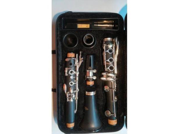 Sprzedam klarnet ebonitowy, instrument jak nowy