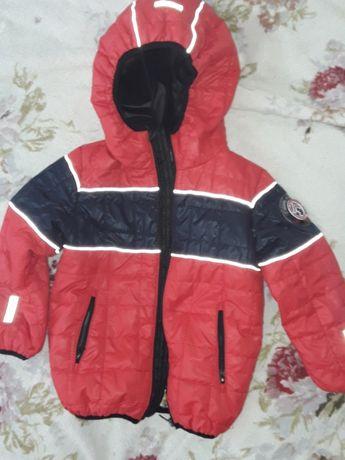 Курточка красная