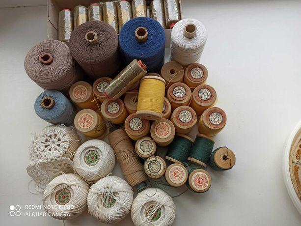 Нитки для вязания и шитья