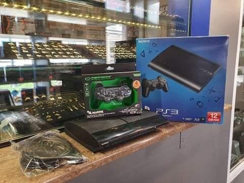 Konsola PS3 Komplet do gry / 1pad / okablowanie