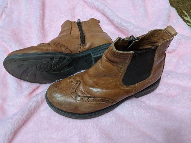 Кожаные ботинки на девочку. Стелька 20 см.
