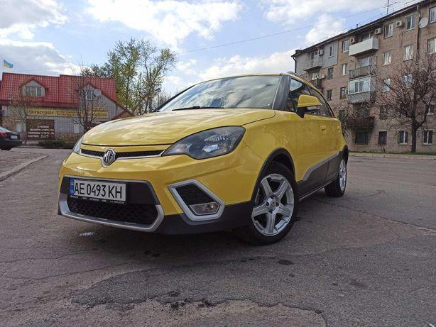 Автомобиль MG 3 cross