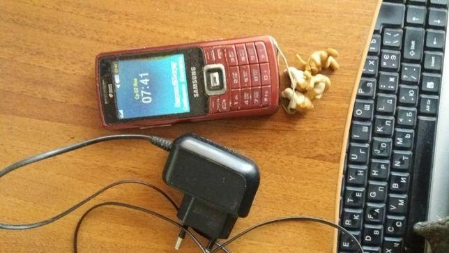 Samsung C5212 телефон на ДВЕ сим карты