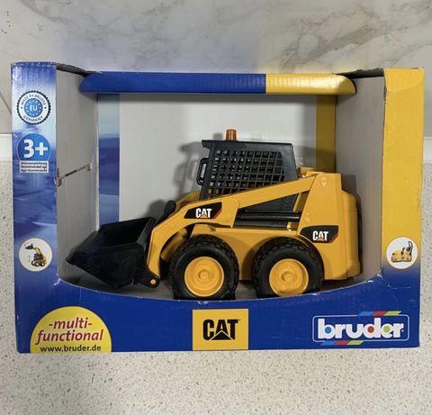 Catеrpillar трактор іграшка оригінал від BRUDER