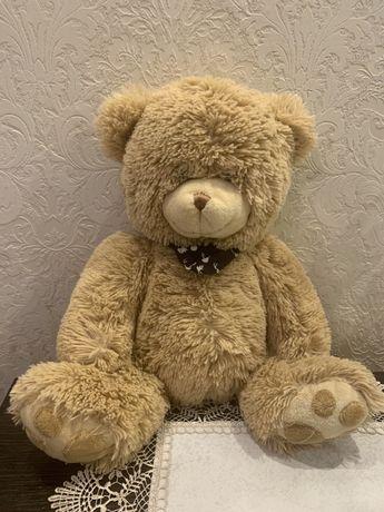 Плюшевий ведмедик