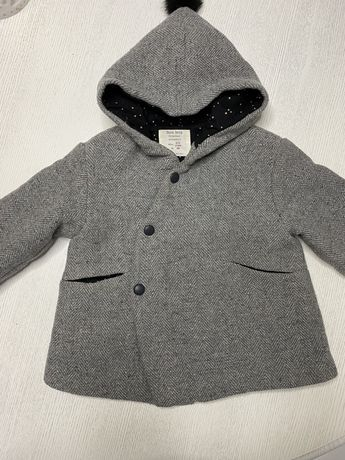 Осенне пальтишко Zara
