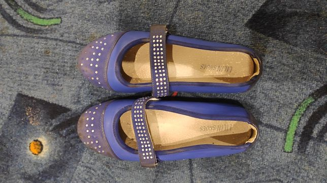 Туфли для девочки.