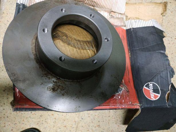 Тормозной диск на Газ3302 газ2705.Есть еше кое какие запчасти.