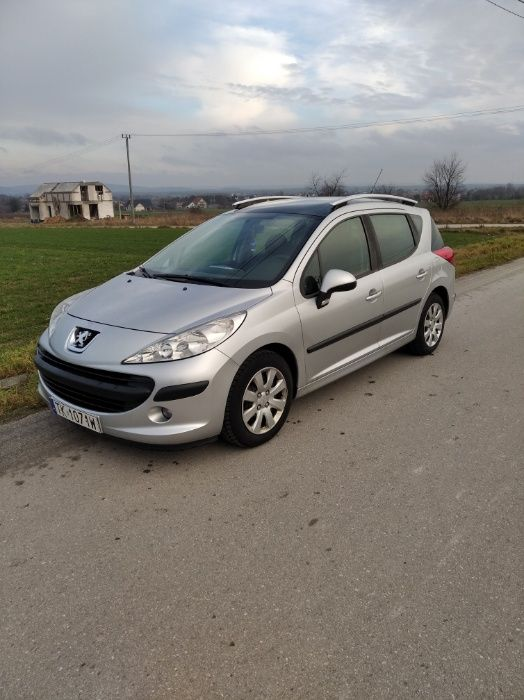 Peugeot 207 SW Panorama Kielce - image 1