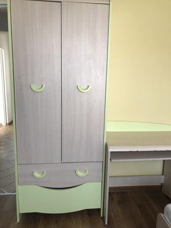 Meble do pokoju dziecka, biurko, szafa, łóżko
