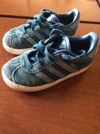 Sapatilha Adidas
