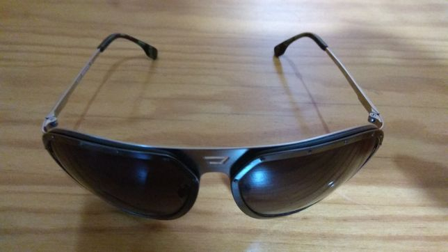 Vendo óculos de sol Diesel imaculados