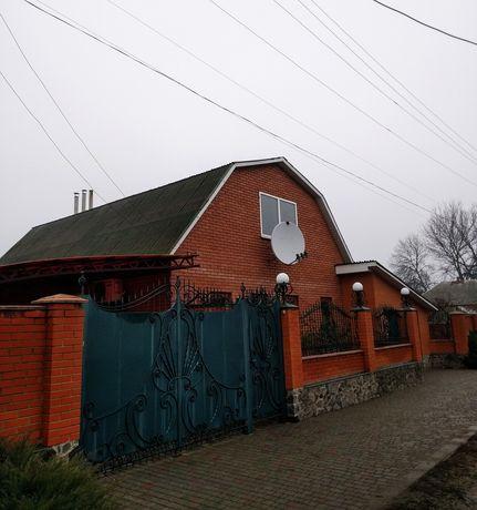 Продам добротный дом 120м.Золочев.Харьковская область