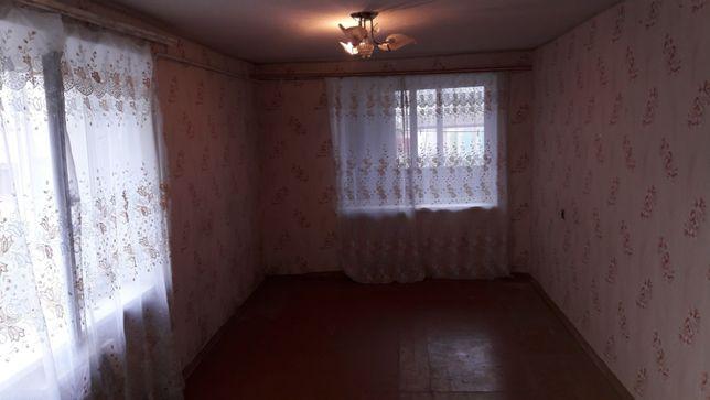 Продам отличную 1 ком квартиру в центре с.Солёное Вольнянского района
