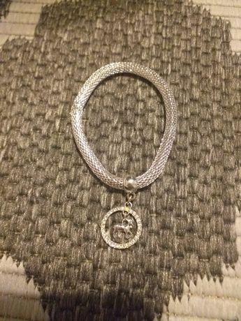 Posrebrzana bransoletka znak zodiaku koziorożec