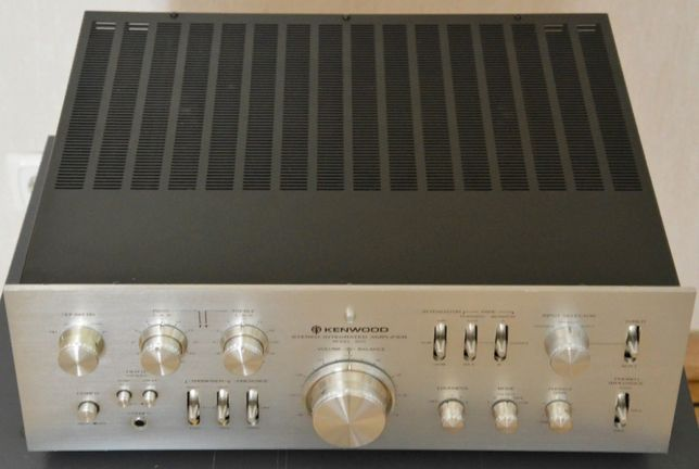 Продам отличный усилитель Kenwood Model 600