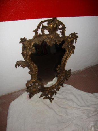 espelho com moldura em bronze