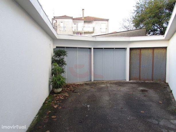 Garagem no centro- Viana Do Castelo