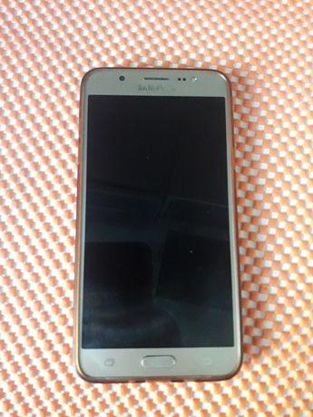 Samsung J7 , j710