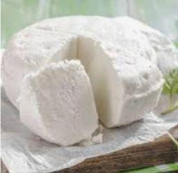 ser biały wiejski, ser suszony, jajka, śmietana, mleko