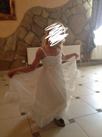 Платье праздничное на девочку до 11 лет
