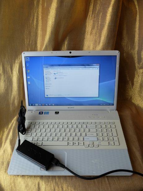 Ноутбук Sony VAIO большой, белый, красивый VPCEJ3M1R
