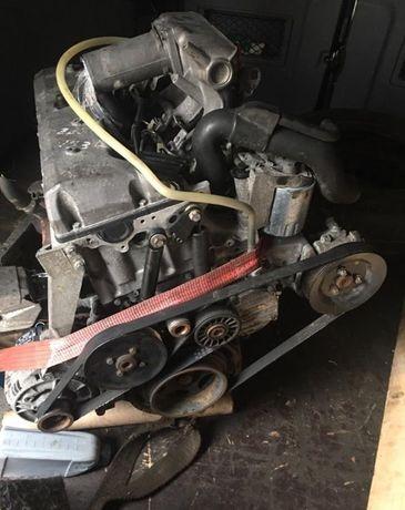 Двигатель мотор ГБЦ Головка АКПП Mercedes OM 601 602 603 124 210 140