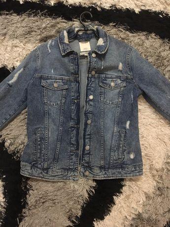 Продам джинсову куртку Espirit L