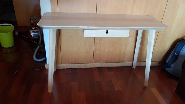 Secretária IKEA 120cm por 45cm