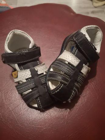 Sandałki chłopięce laskocki kids