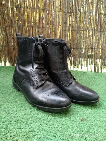 Skórzane buty botki  ZARA dla dziewczynki r.35