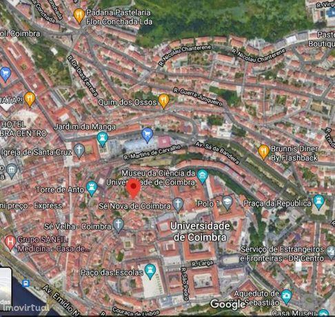 Apartamento T1 +1 para arrendar na Alta de Coimbra
