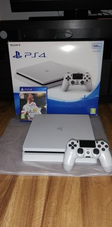 Playstation 4 PS4 + gry