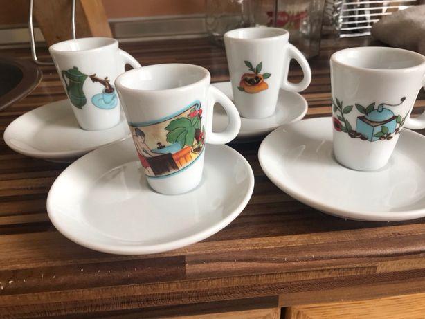 Кофейные чашечки с блюдцем Италия