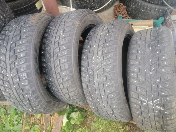 Комплект шин 205.55R16 Bridgestone шипованые 7.2 мм