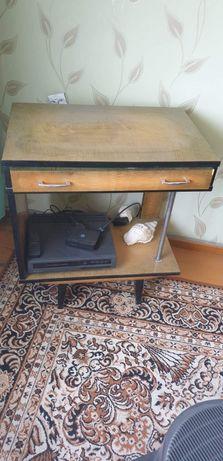 Stolik pod telewizor z szufladą