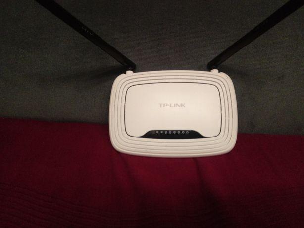 Router wi-fi z zasilaczem