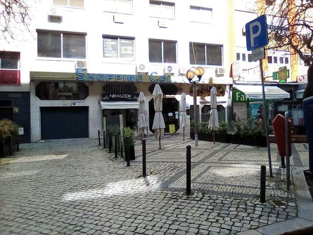 Loja na AV Júlio Dinis, Campo Pequeno