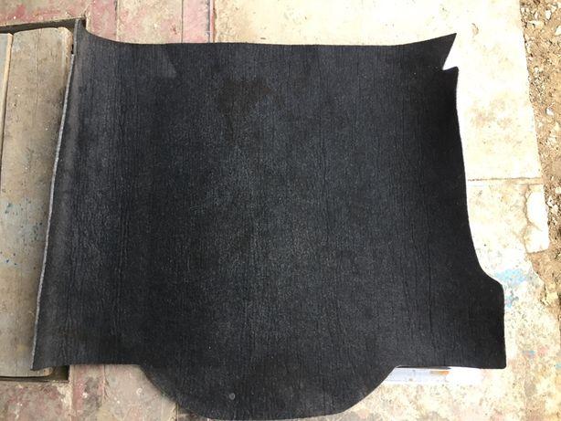Ковёр в багажник , пластик где запаска Мазда,обшивка багажника Мазда 3