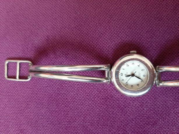 Zegarek srebrny damski