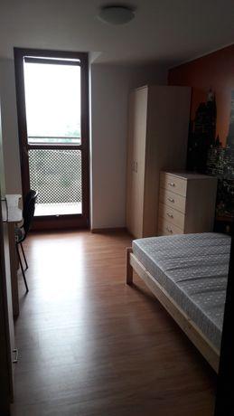 Wynajmę jednoosobowy, umeblowany pokoj z balkonem - Czerwone Maki