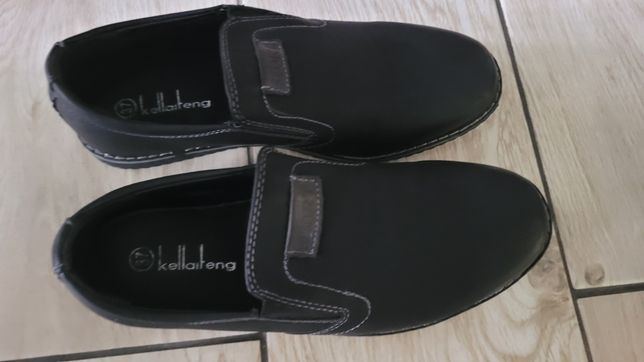 Buty czarne roz.37