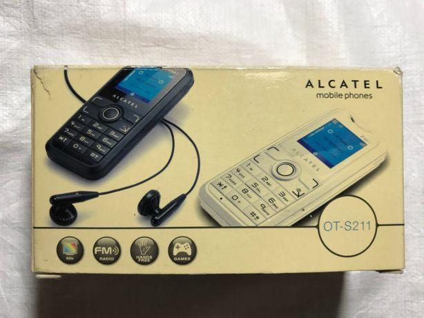 Кнопочный телефон Alcatel OT-S211 полный комплект