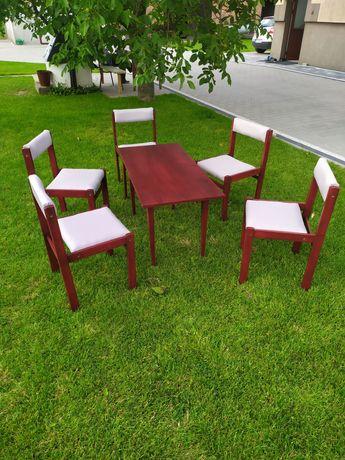Zestaw stół i 5 krzeseł