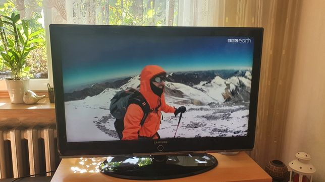 "Telewizor 40"" Samsung LE40M87BD"