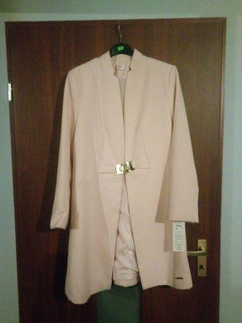 Płaszcz wiosenny rozmiar 42 do negocjacji