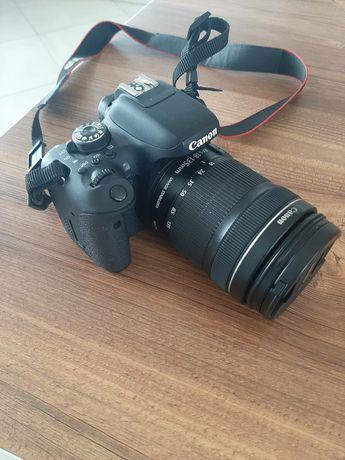 Canon eos 750d + об'єктив 18-135мм