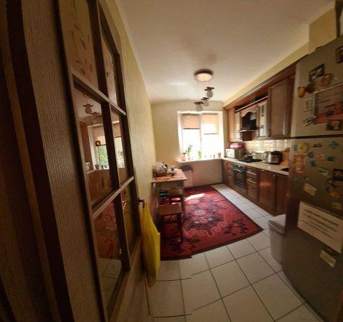 Сади-1, 3-х кімнатна з ремонтом, 2-й поверх