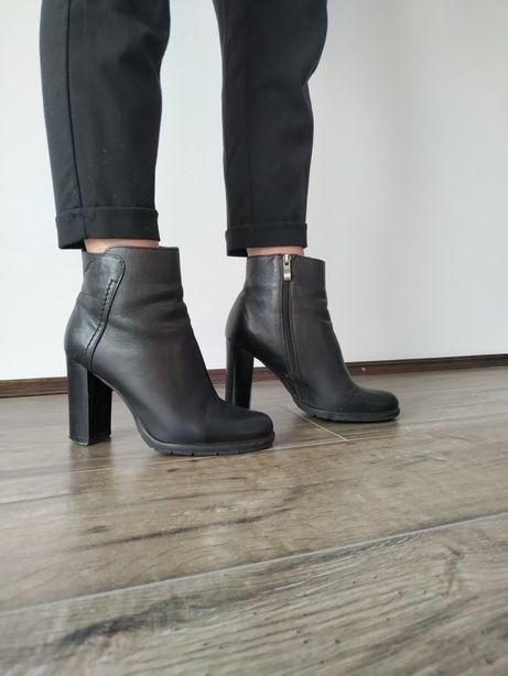 Шкіряні черевики на каблуку, ботинки