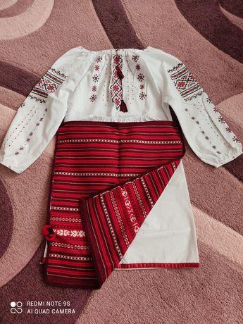 Український стрій для дівчинки